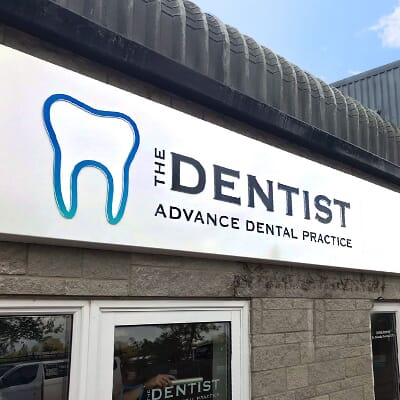 Dentists Sign